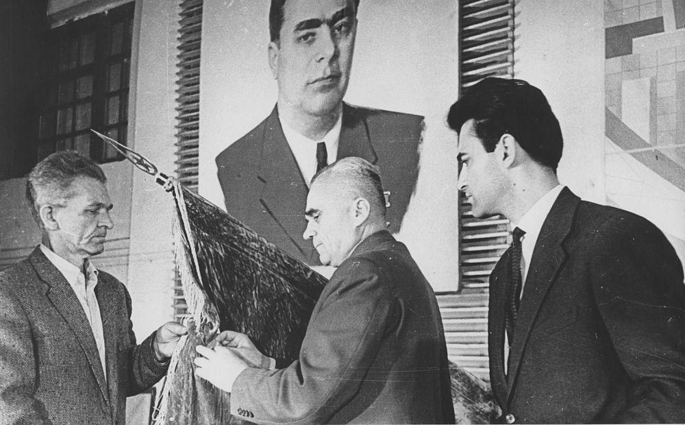 Вручение ордена Красного Знамени Труда. 1984 год