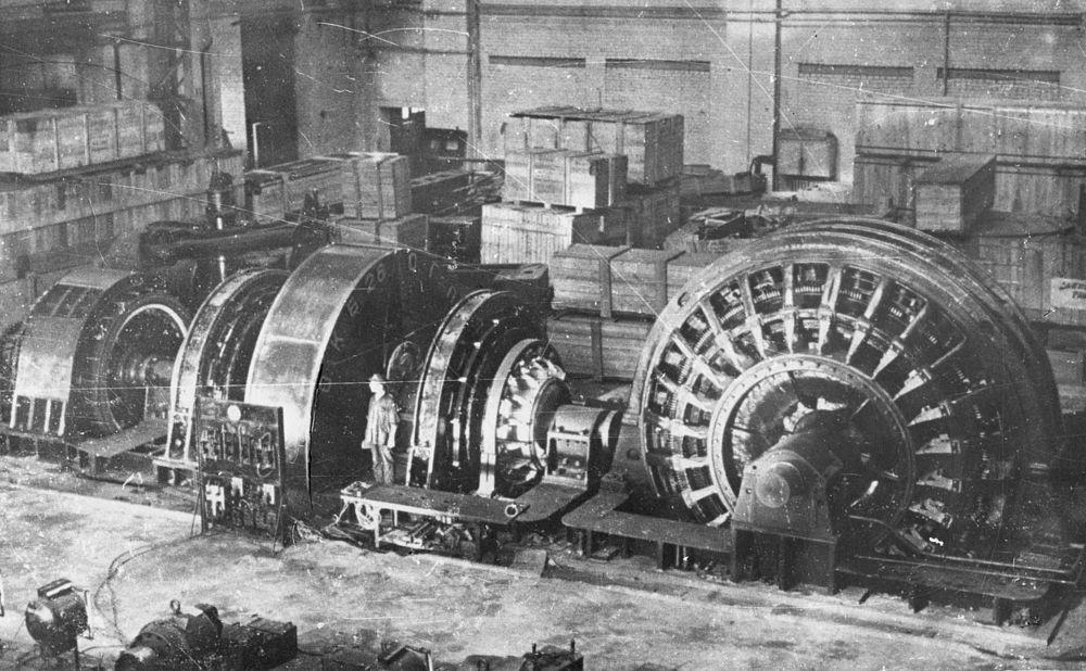 Прокатный двигатель для блюминга Запорожского металлического комбината